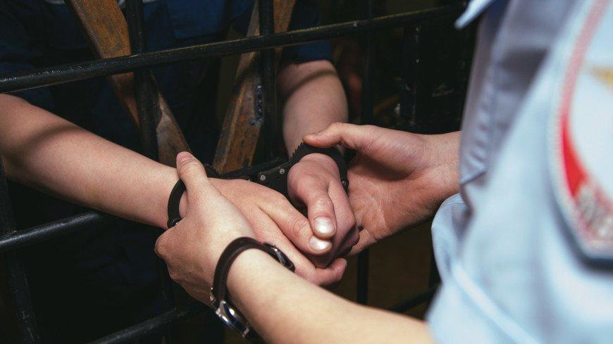 В Петербурге за избиение полицейского задержан «жемчужный» прапорщик