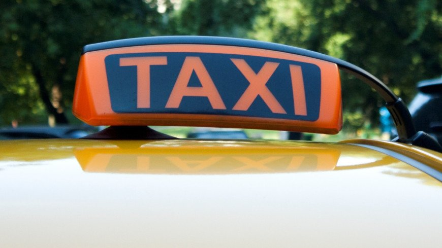 Водители каршеринга смогут подрабатывать таксистами