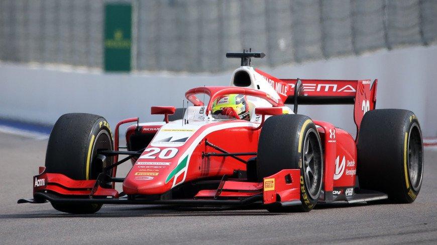 Сын Шумахера выиграл гонку «Формулы-2» в Сочи