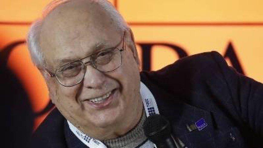 Умер известный фотожурналист, личный фотограф Брежнева Владимир Мусаэльян