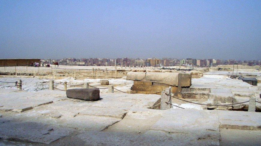 В египетском некрополе нашли тайник с 13 деревянными гробами