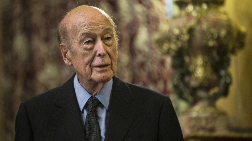 Экс-президент Франции Валери Жискар д'Эстен госпитализирован в Париже