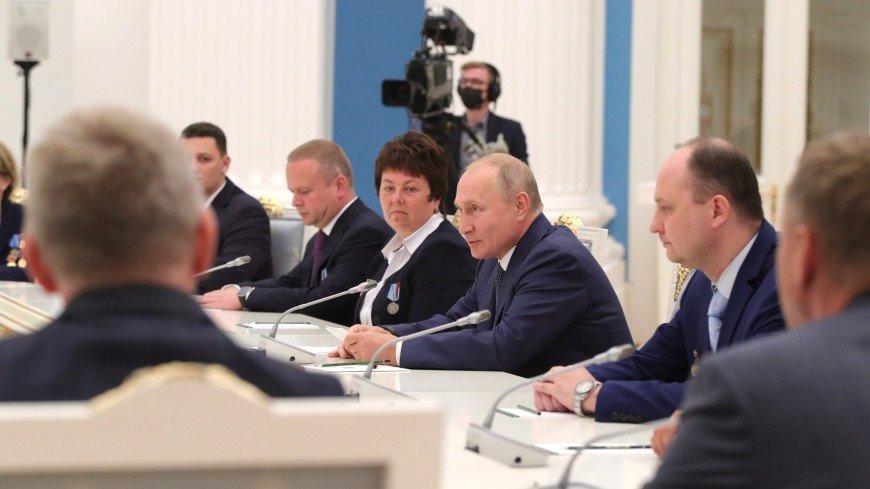 «Эффект эскимо»: Путин – о том, как «Авангард» выдерживает сверхвысокие температуры
