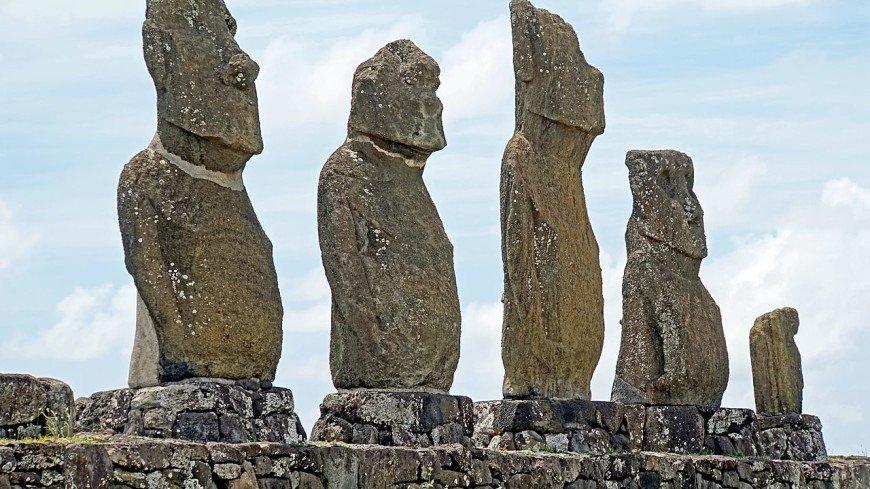 Крах цивилизации острова Пасхи связали с перенаселением