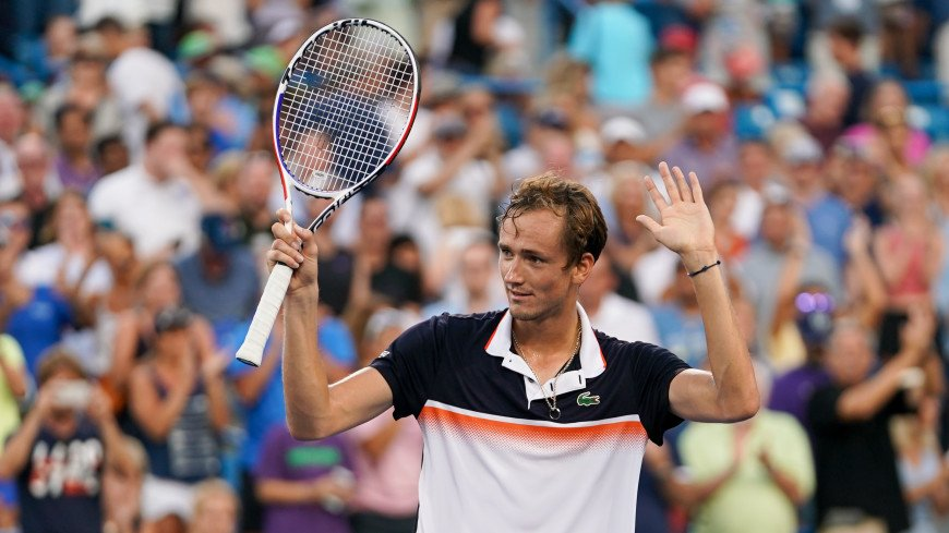 Теннисист Медведев вышел во второй круг Открытого чемпионата США