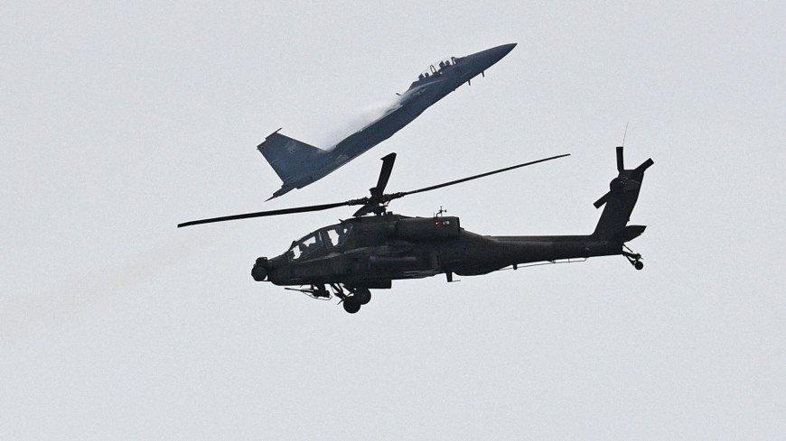 СМИ: Американский военный вертолет упал на северо-востоке Сирии