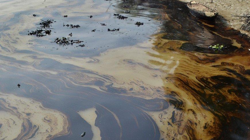 На Таймыре ввели режим ЧС после разлива нефти