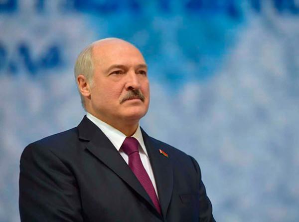 Лукашенко направился с рабочим визитом в Москву