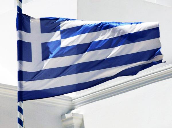 Греция отменила обязательный семидневный карантин для туристов из ряда стран