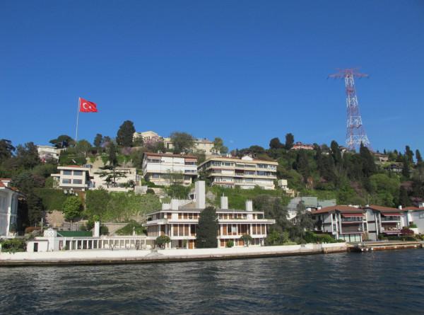 Ограничения на полеты между Турцией и Россией вступили в силу