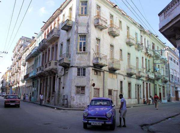 «Кубинцы болели за Байдена»: что будет с Кубой и ее отношениями с США после братьев Кастро