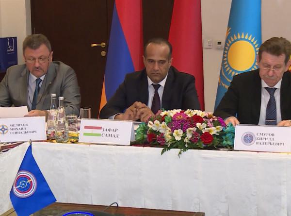 Антинаркотические службы стран ОДКБ договорились о проведении двух спецопераций в 2021 году