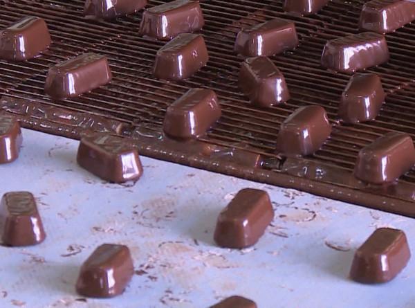 Сладкая жизнь: как делают конфеты в Таджикистане?