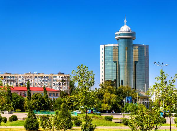 Каменный дворец на руинах: 55 лет со дня Ташкентского землетрясения