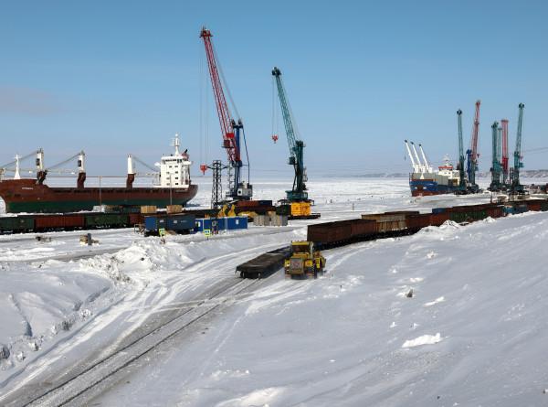 За полярным кругом: на Северный полюс могут начать летать через Таймыр