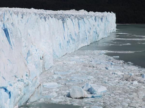 Самый крупный айсберг в мире растаял