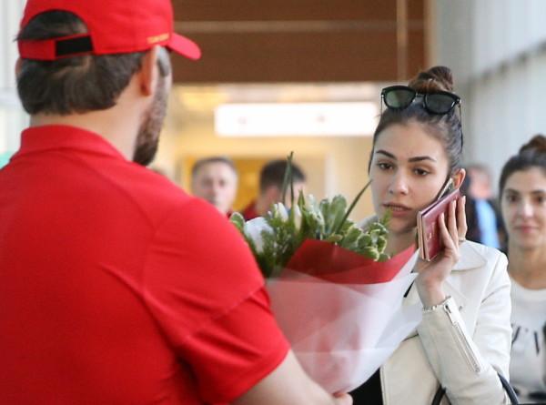 Жену Овечкина обвинили в излишней худобе (ФОТО)
