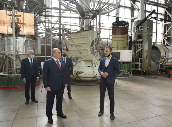 Мишустину показали пилотируемую станцию «Алмаз» в МАИ
