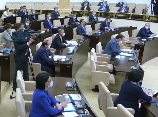 В Казахстане могут запретить продажу и аренду земли иностранцам