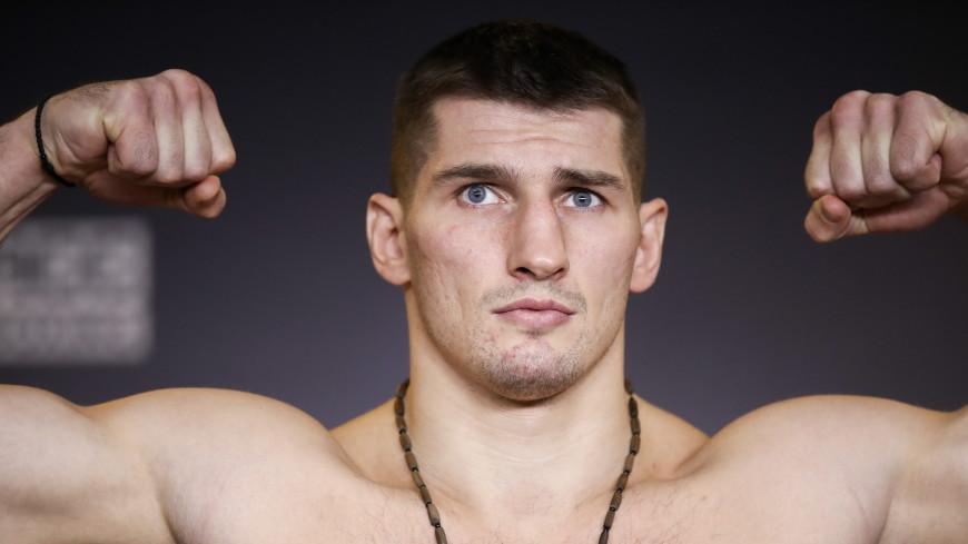 Российский боксер Алексей Папин победил чеха Вацлава Пейсара