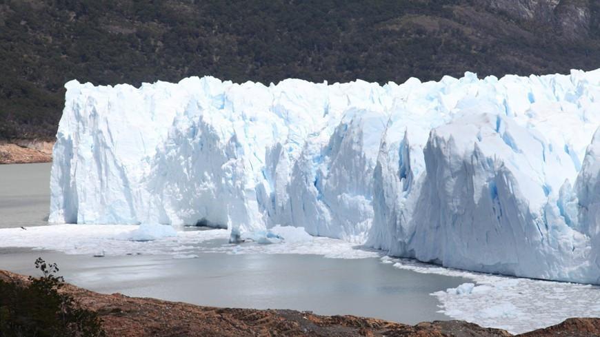 Ледники Земли теряют свыше 200 млрд тонн в год