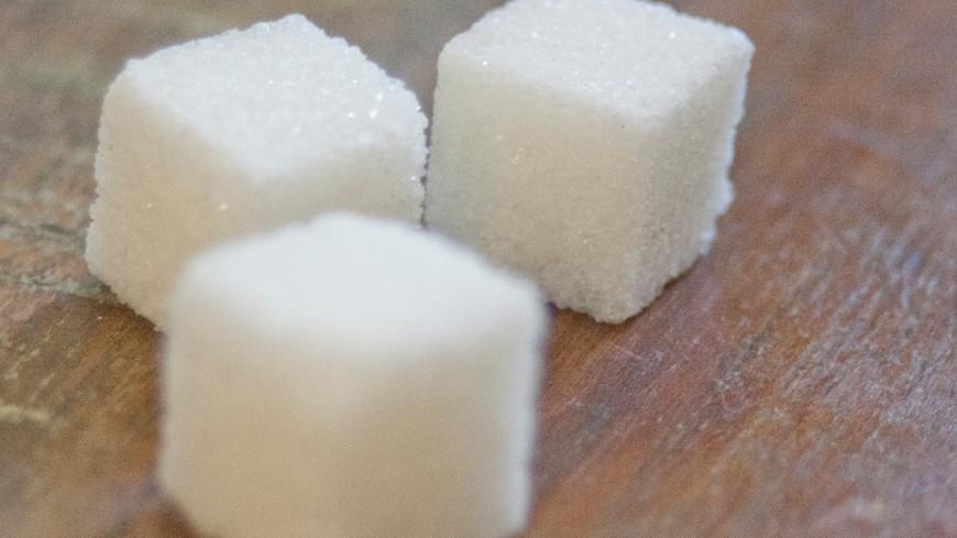 Минсельхоз начал распределять поставки сахара