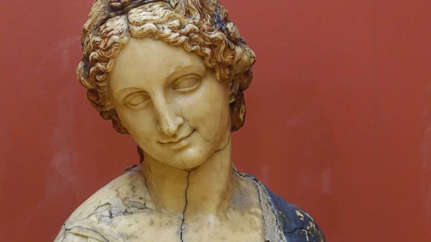 Ученые доказали непричастность Леонарда да Винчи к созданию бюста Флоры
