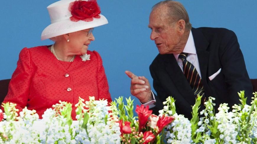 Путин направил телеграмму Елизавете II в связи со смертью принца Филиппа