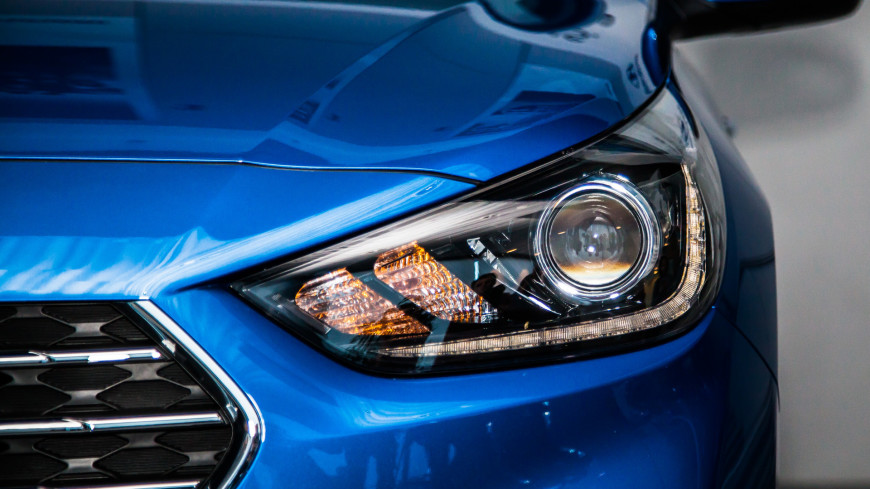 Доля электрокаров на рынке новых авто превысит с 2033 года превысит 50%