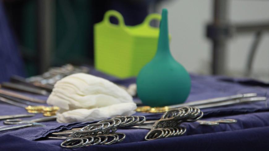 Российские врачи извлекли из желудка девочки огромный клубок волос