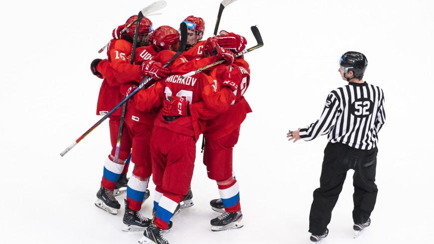 Российские хоккеисты обыграли команду США на чемпионате мира среди юниоров