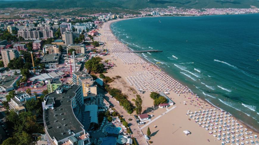 Вакцинированным «Спутником V» россиянам открыли въезд в Болгарию