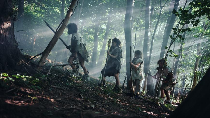 Генетический анализ неандертальцев указал на две волны миграции
