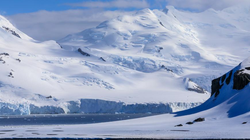 В Антарктиде найдены следы падения крупного метеорита