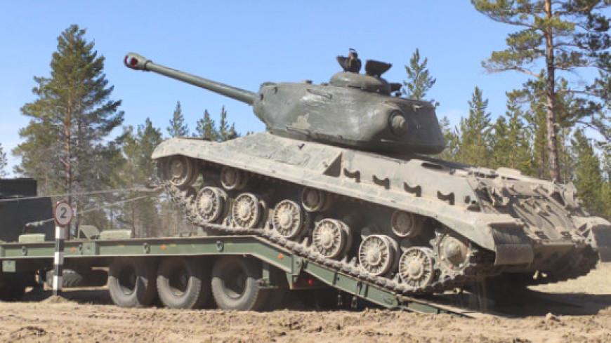 Минобороны показало фото с испытаниями восстановленного танка времен войны ИС-2
