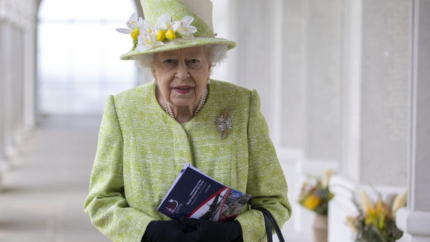 Стало известно, как себя чувствует Елизавета II после смерти супруга