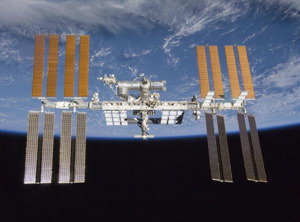 Российские космонавты впервые показали новый модуль «Наука»