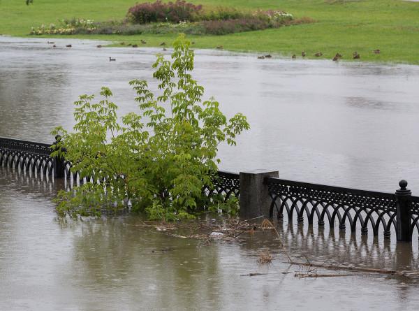 Наводнение в Индии принесло многочисленные разрушения