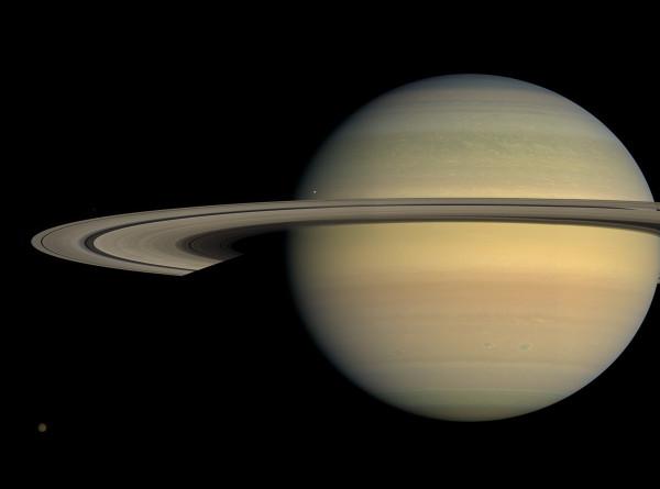 Сатурн в августе максимально сблизится с Землей