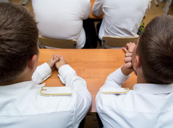 Ручки, тетради и ланчбоксы: во сколько обойдутся родителям в Армении сборы ребенка в школу?