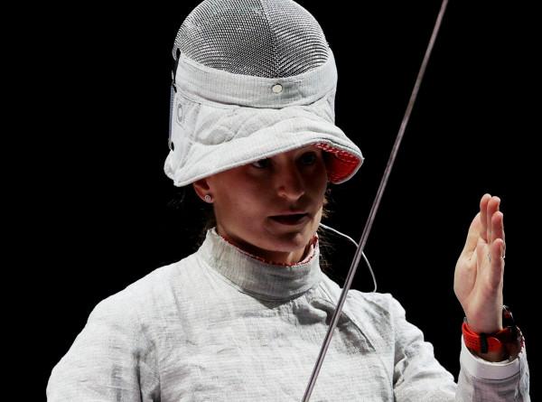 «Мы гордимся, что порадовали вас»: российская сборная по фехтованию вернулась из Японии