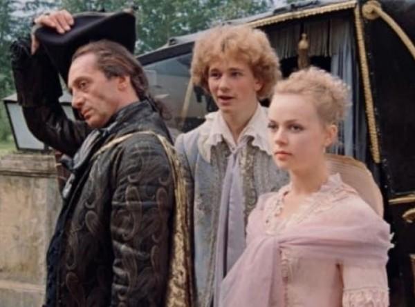 «Проклятие графа Калиостро», смысл «Уно моменто» и усадьба Ляхово: как проходили съемки «Формулы любви»?