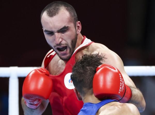 Российский боксер Гаджимагомедов пробился в финал Олимпиады