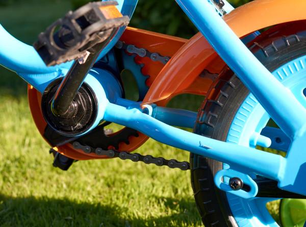 Трехлетний малыш из Белогорска выполнил невероятный трюк на двухколесном велосипеде
