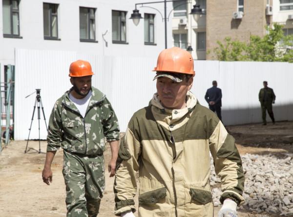 Собянин назвал дефицит мигрантов одной из причин высокой инфляции в Москве