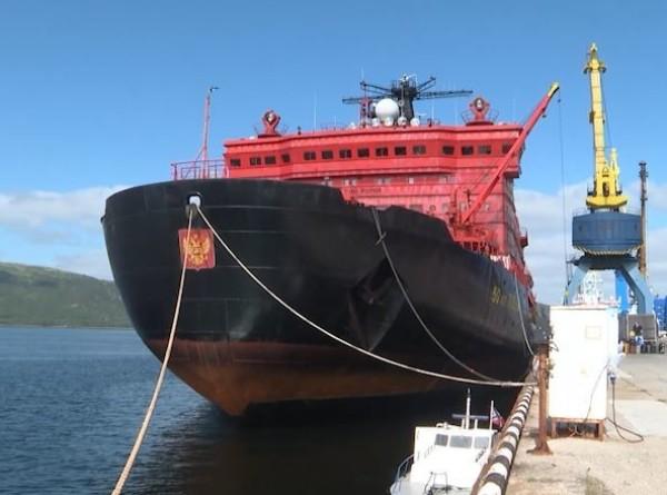 Федор Конюхов на ледоколе «50 лет Победы» вернулся с Северного полюса в Мурманск