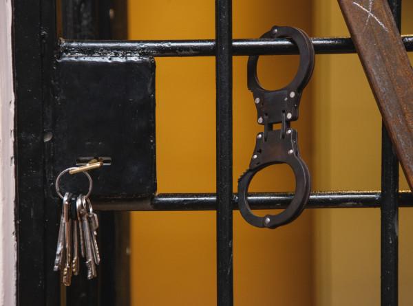 В Удмуртии правоохранители задержали женщину за продажу фальшивых справок о ПЦР-тестах