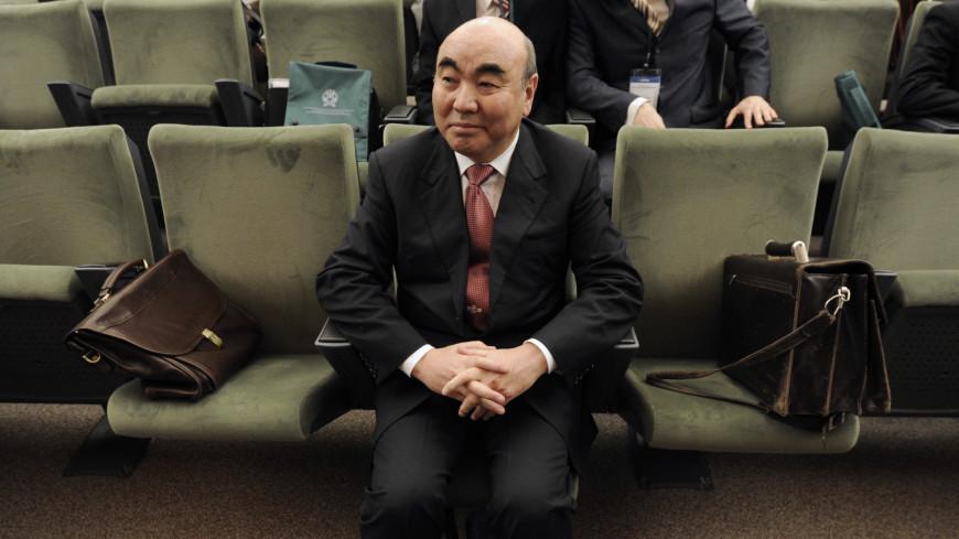 Дело «Кумтора»: в чем причина возвращения в Кыргызстан спустя 16 лет первого президента