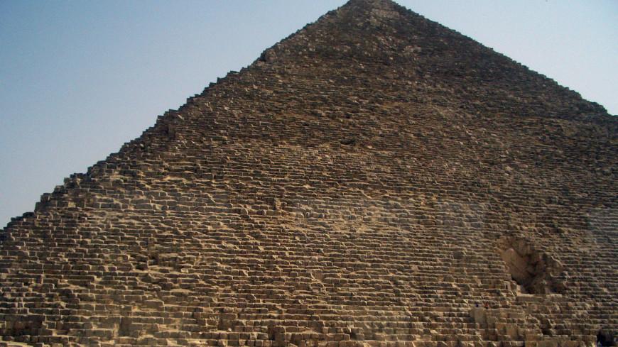 Солнечную лодку фараона Хеопса перевезли в Большой египетский музей