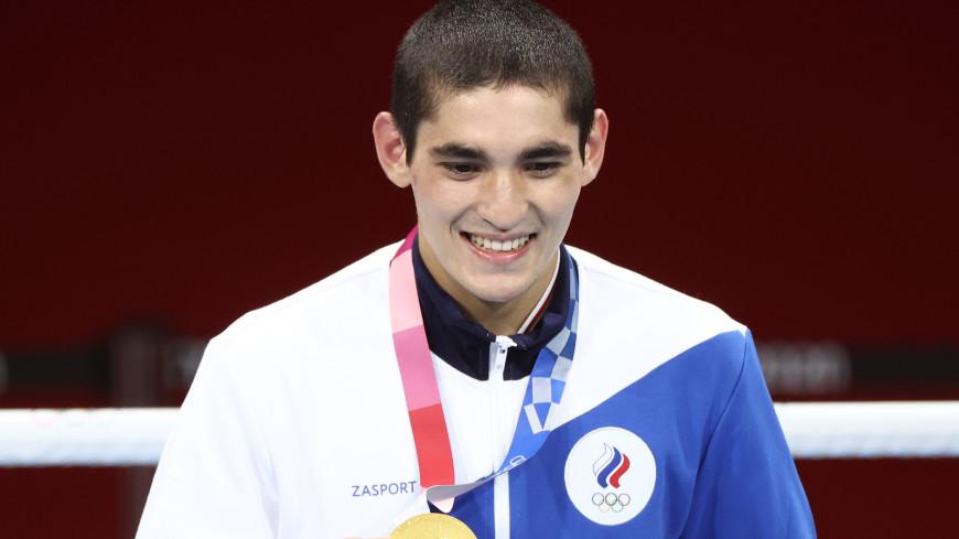 «Рад, что мне удалось всех обрадовать»: боксер Альберт Батыргазиев поделился своими впечатлениями от победы